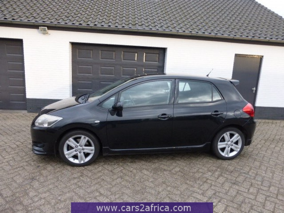 toyota auris 2 2 d cat 64000 used available from stock. Black Bedroom Furniture Sets. Home Design Ideas