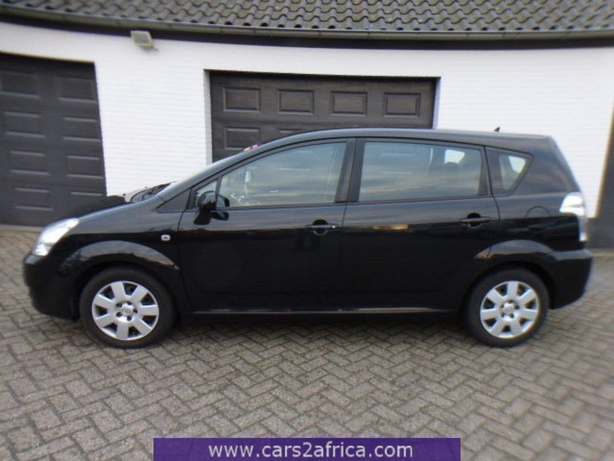 toyota corolla verso 2 2 d 4d 64126 used available from stock. Black Bedroom Furniture Sets. Home Design Ideas