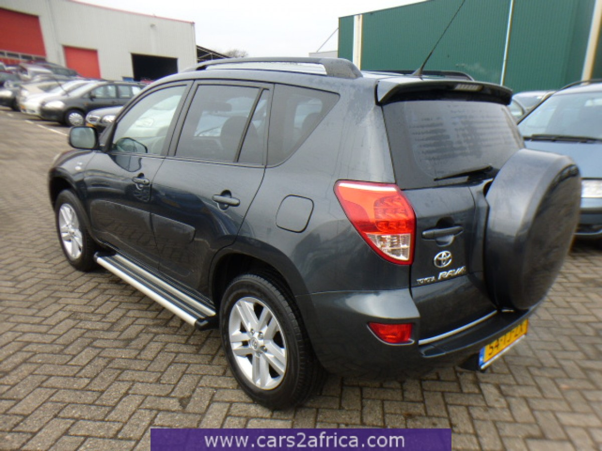 toyota rav4 2 2 d 4d 64242 used available from stock. Black Bedroom Furniture Sets. Home Design Ideas
