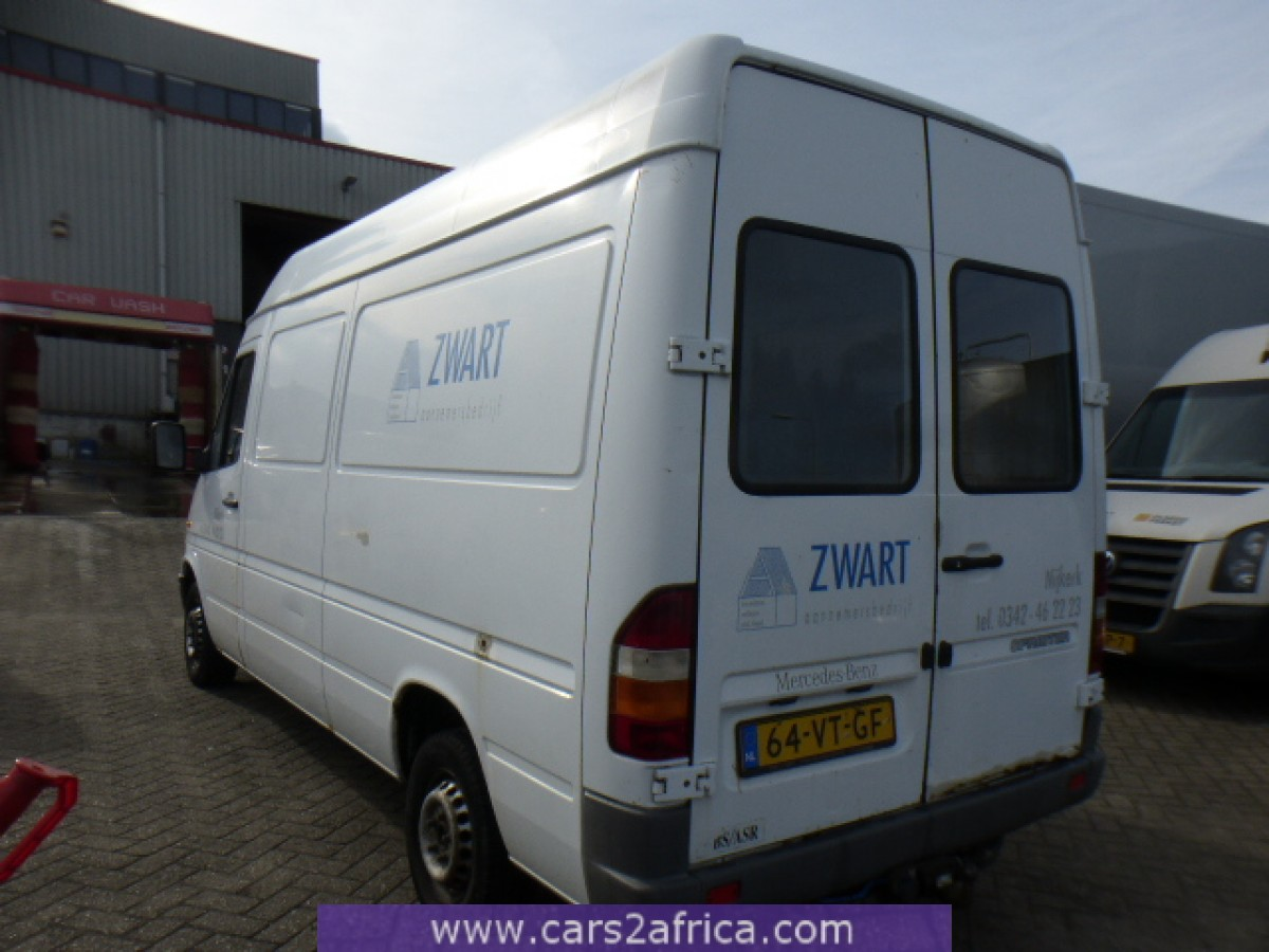 mercedes benz sprinter 210 d 64431 used available from stock. Black Bedroom Furniture Sets. Home Design Ideas