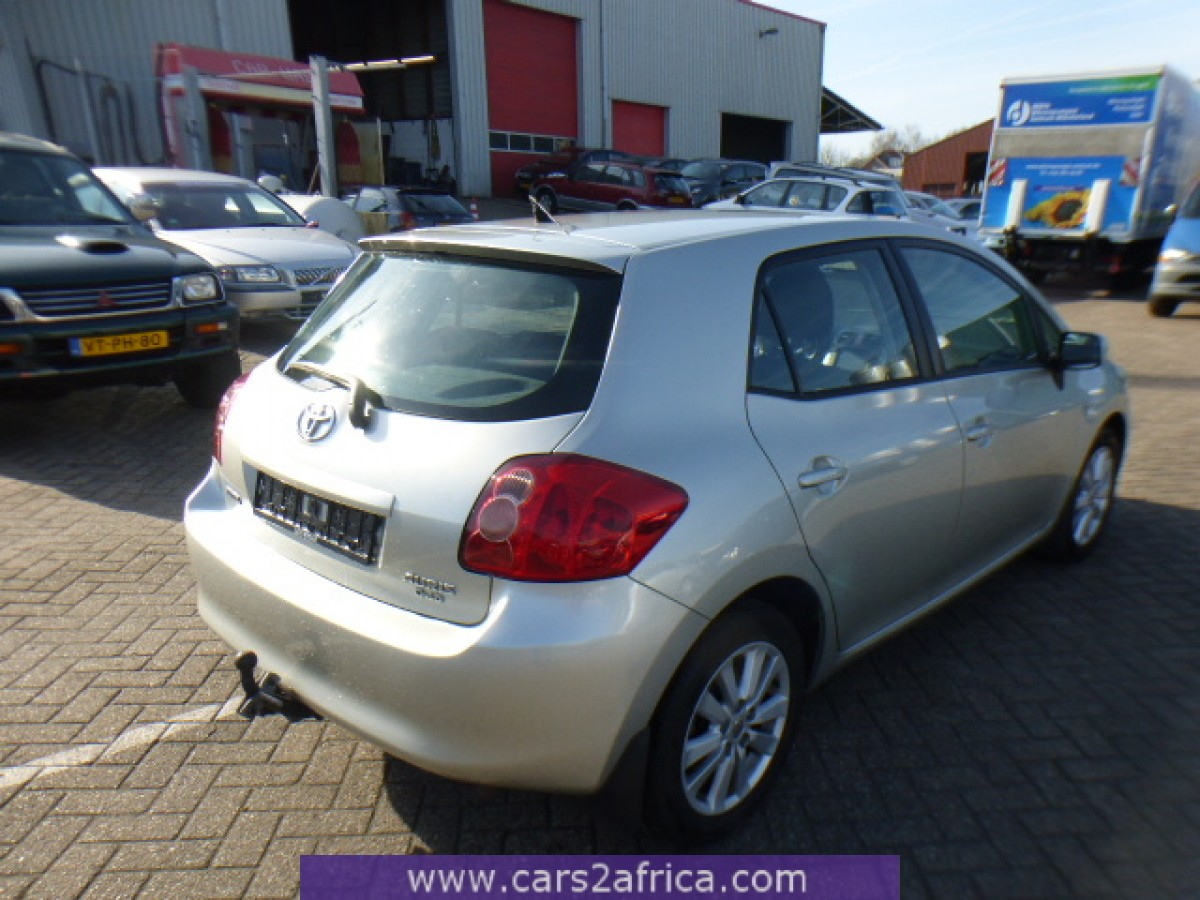 toyota auris 2 0 d 4d 64497 used available from stock. Black Bedroom Furniture Sets. Home Design Ideas