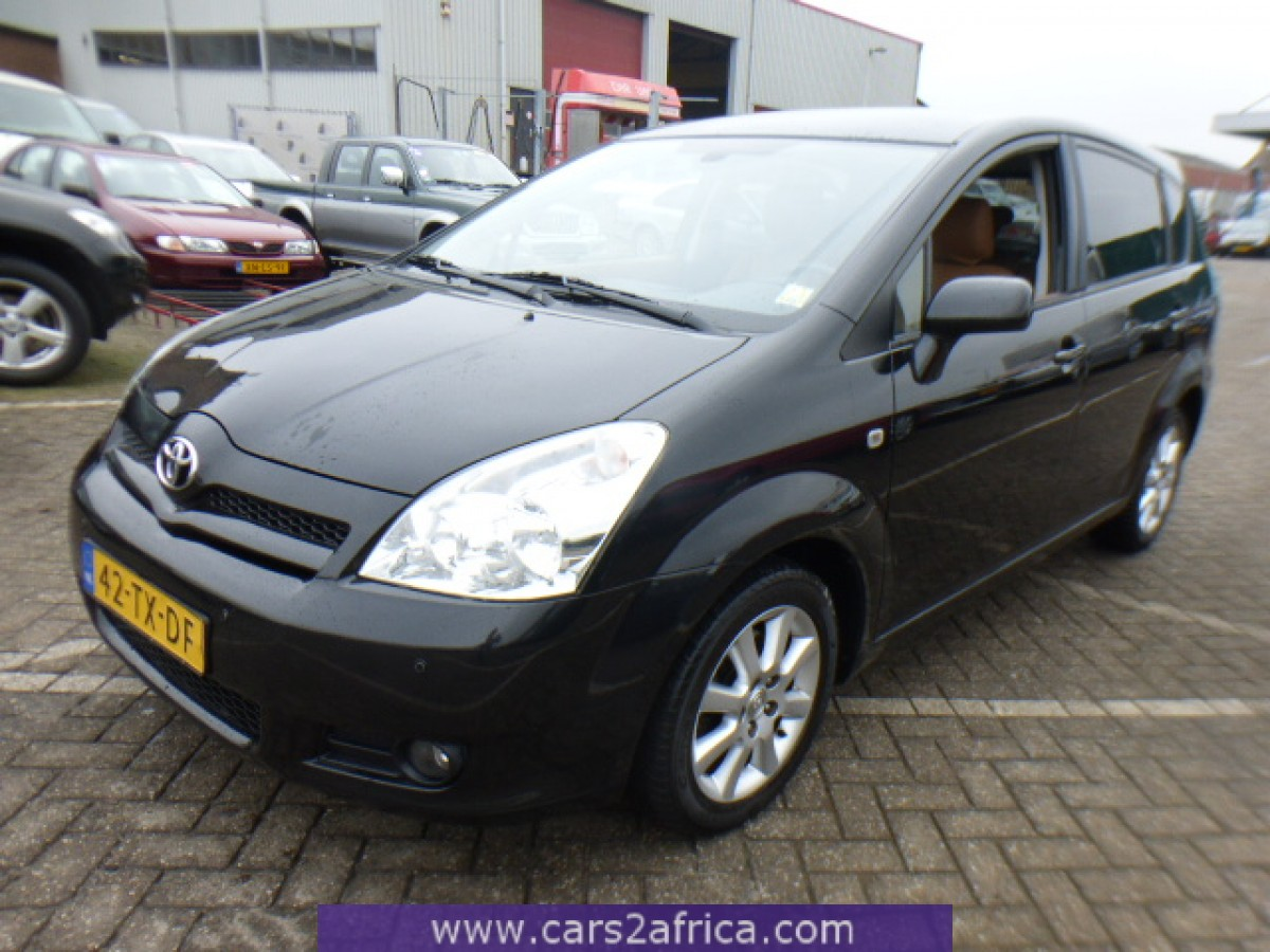 toyota corolla verso 1 8 64326 used available from stock. Black Bedroom Furniture Sets. Home Design Ideas