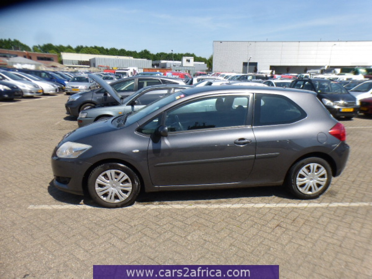 toyota auris 2 0 d 4d 64772 used available from stock. Black Bedroom Furniture Sets. Home Design Ideas