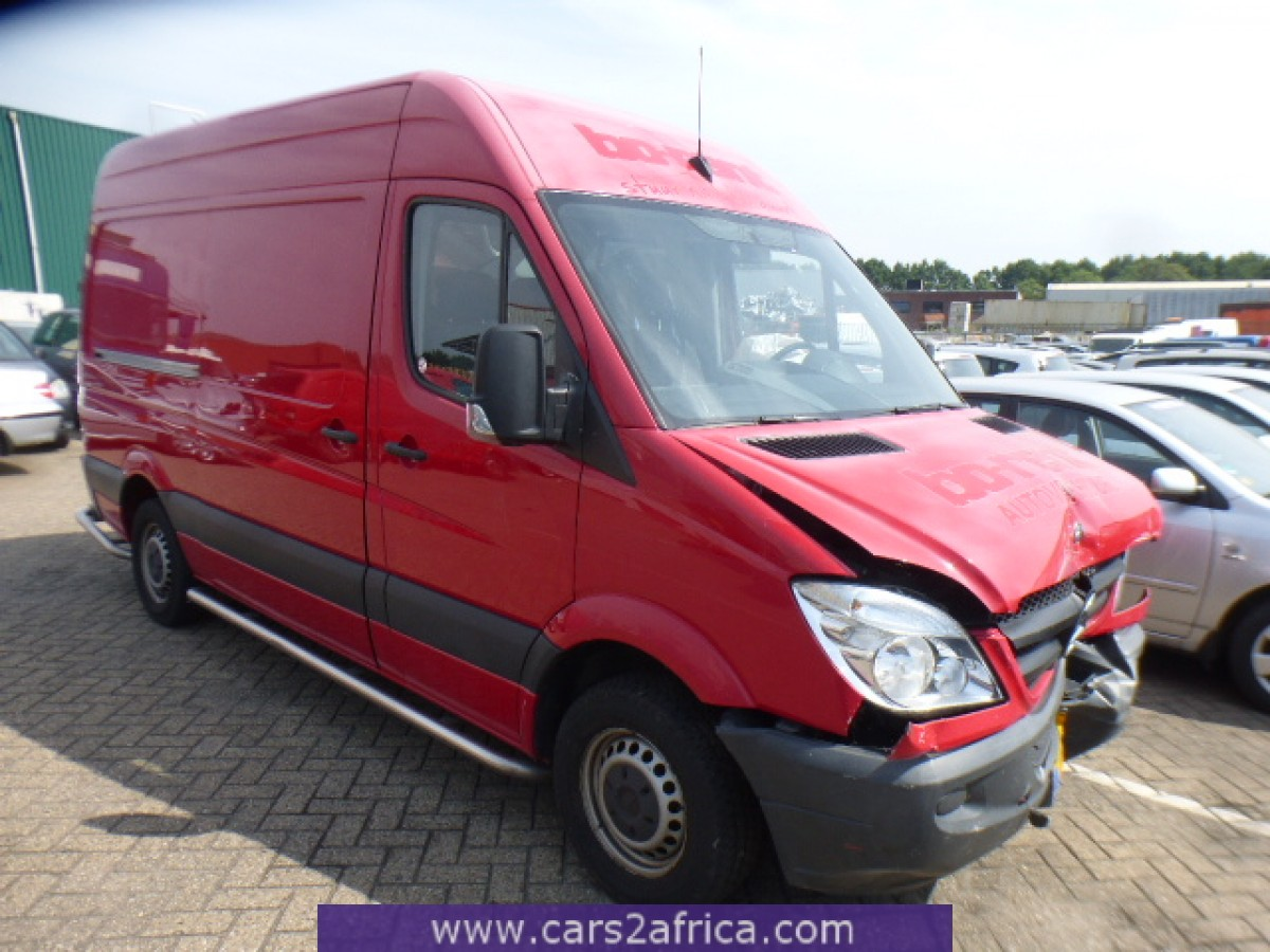 mercedes benz sprinter 210 cdi 64789 used available from stock. Black Bedroom Furniture Sets. Home Design Ideas