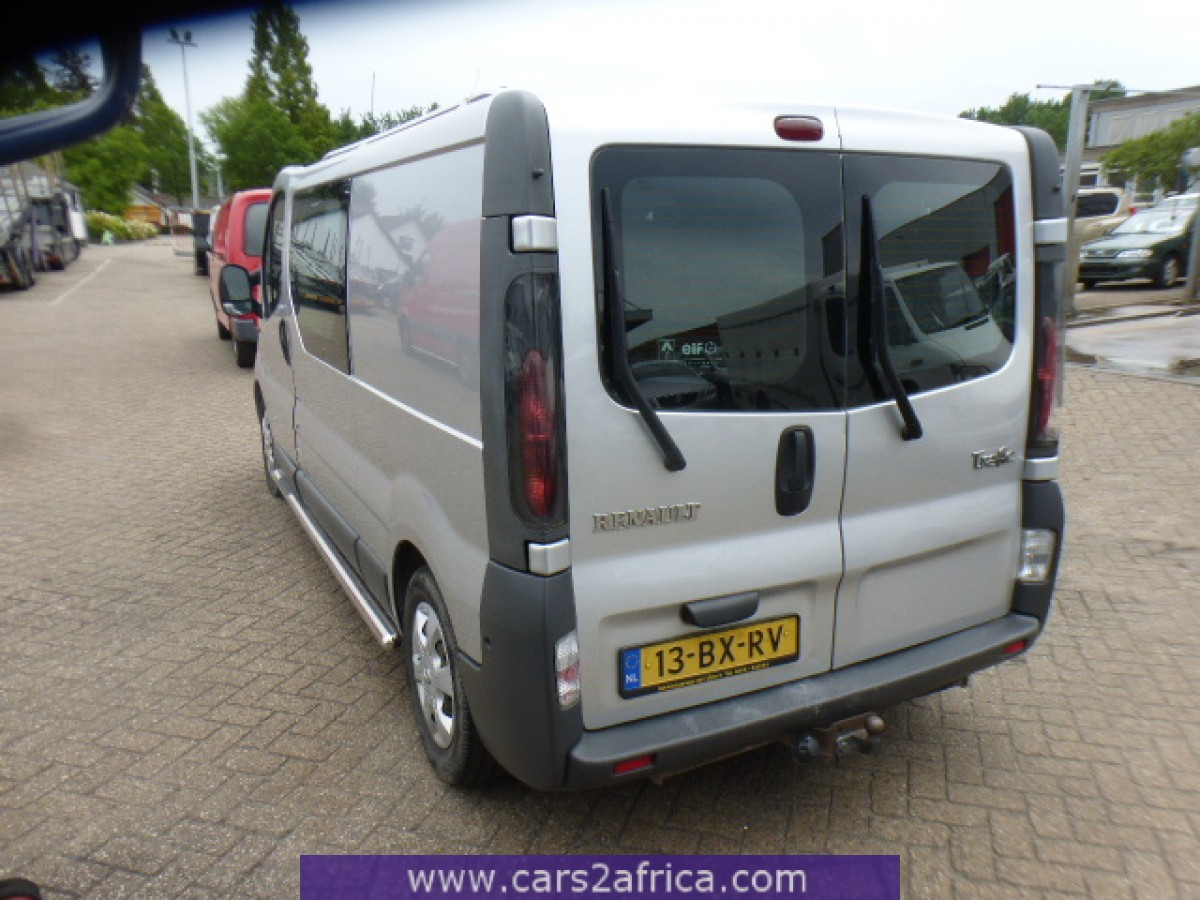 Renault trafic 2 5 dci 64865 used available from stock for 2 5 box auto
