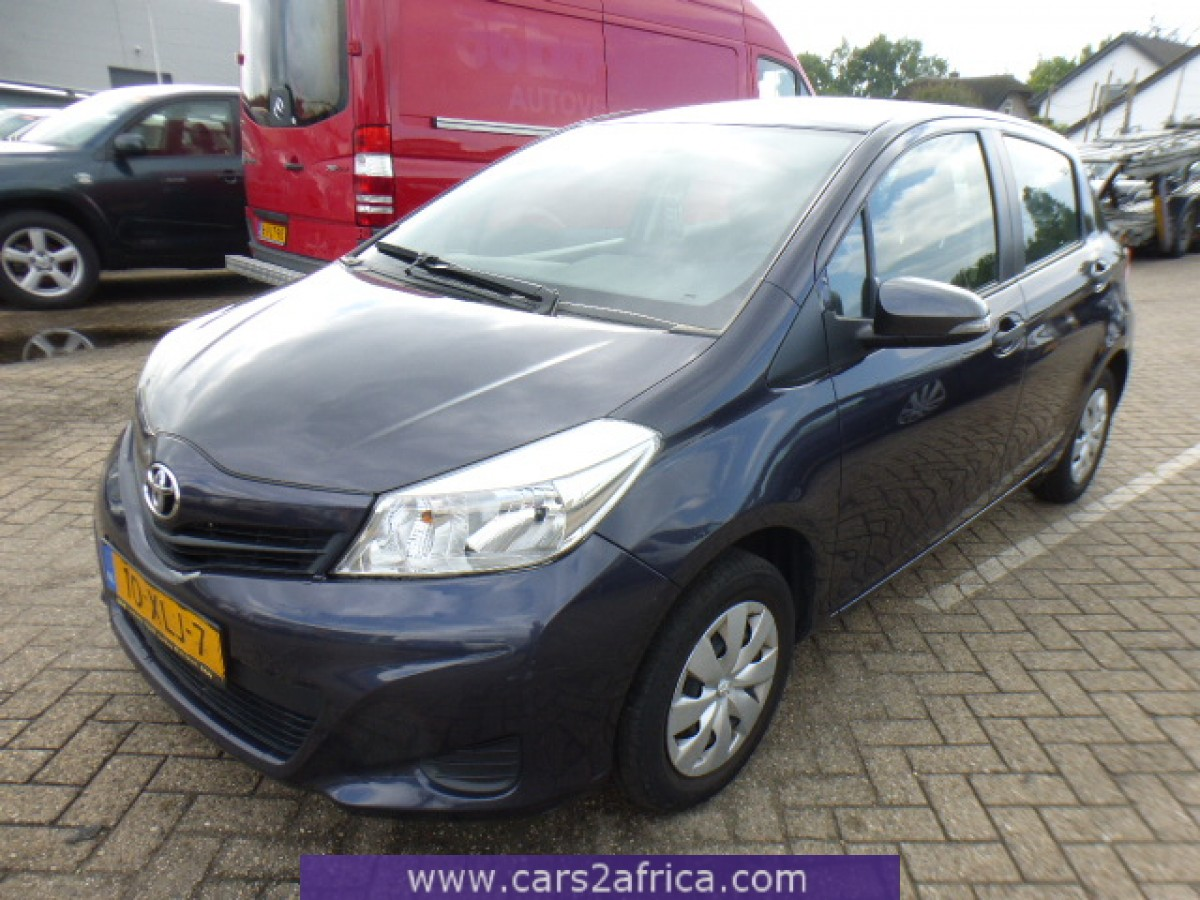 toyota yaris 1 0 65015 used available from stock. Black Bedroom Furniture Sets. Home Design Ideas