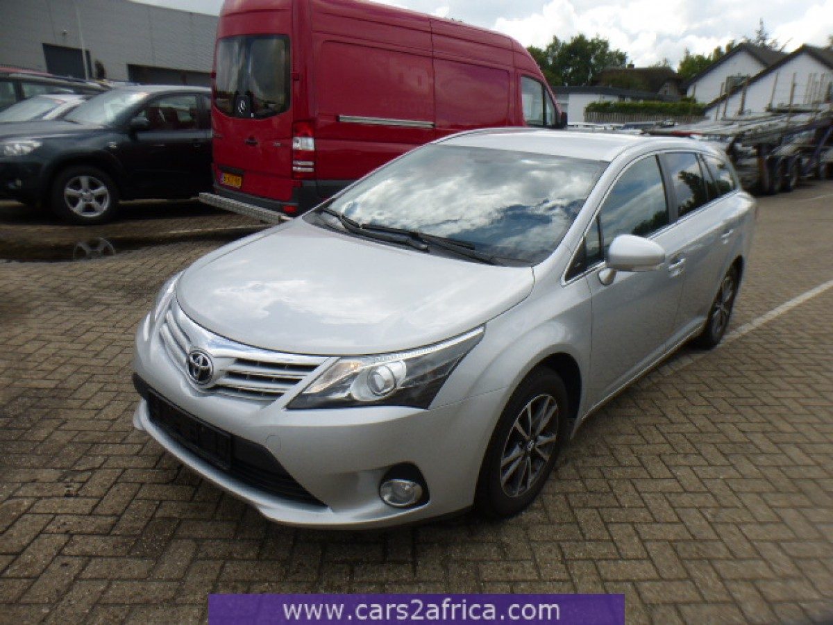 toyota avensis 2 0 d 4d 64985 used available from stock. Black Bedroom Furniture Sets. Home Design Ideas