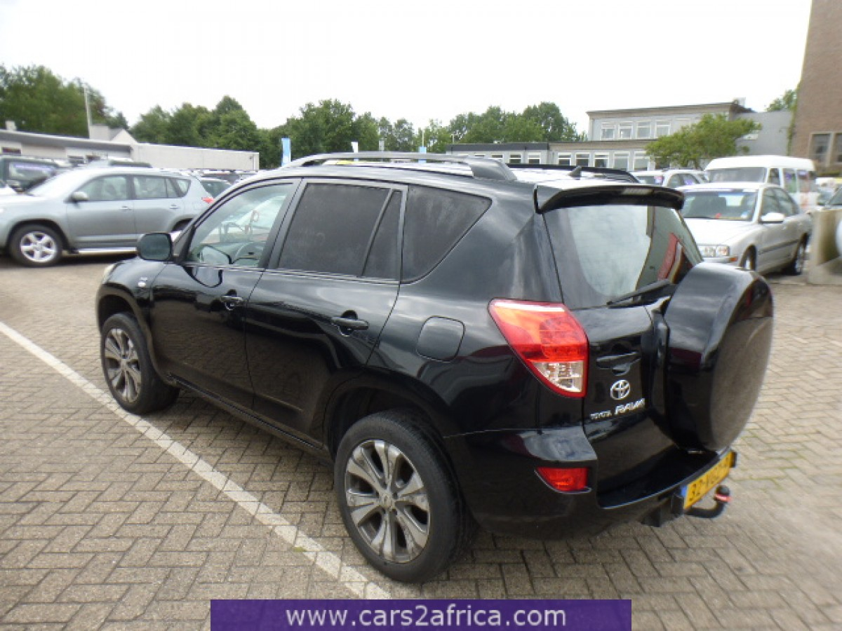 toyota rav4 2 2 d 4d 65049 used available from stock. Black Bedroom Furniture Sets. Home Design Ideas