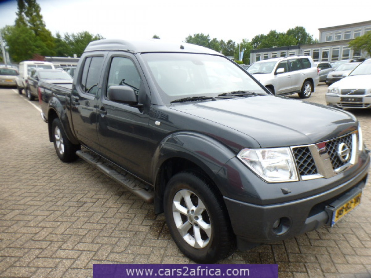 nissan navara 2 5 dci 65075 occasion utilis en stock. Black Bedroom Furniture Sets. Home Design Ideas