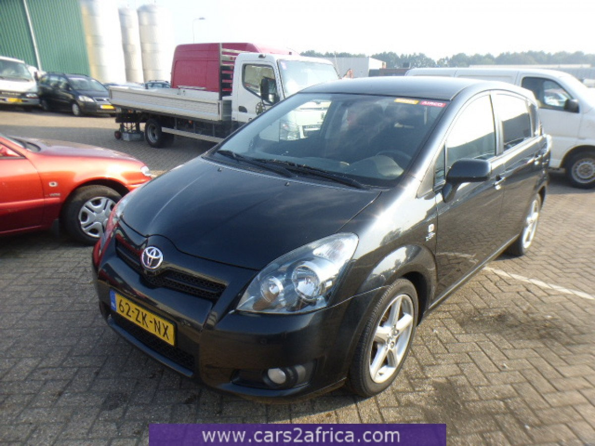 toyota corolla verso 2 2 d cat 65189 used available from stock. Black Bedroom Furniture Sets. Home Design Ideas