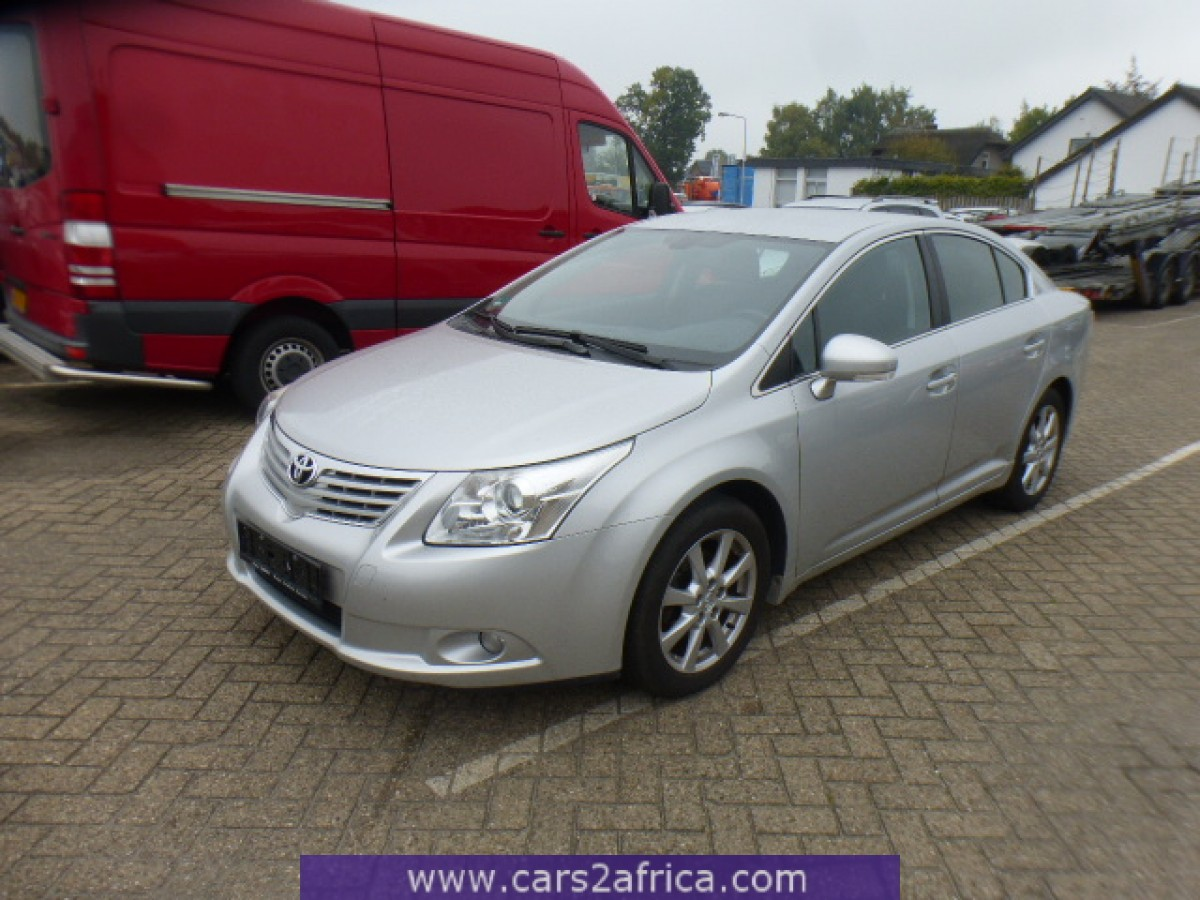 toyota avensis 1 8 65305 used available from stock. Black Bedroom Furniture Sets. Home Design Ideas