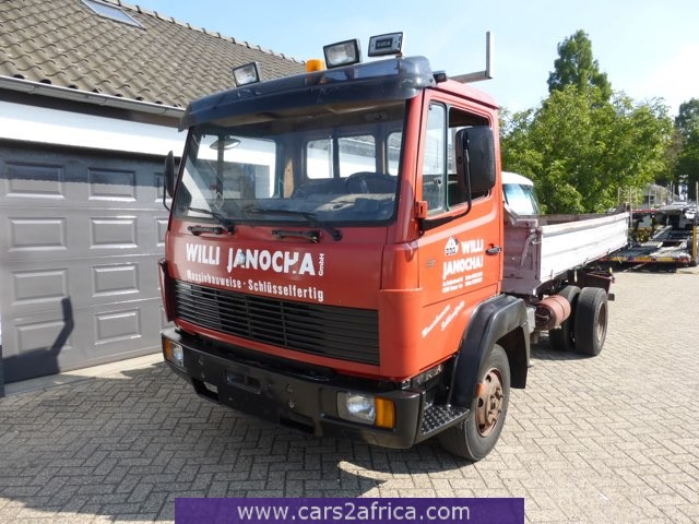 MERCEDES-BENZ Ecoliner 817 D  3 way tipper