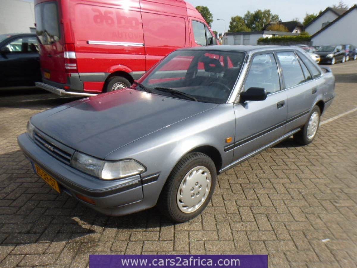 toyota carina ii 2 0 65332 used available from stock. Black Bedroom Furniture Sets. Home Design Ideas
