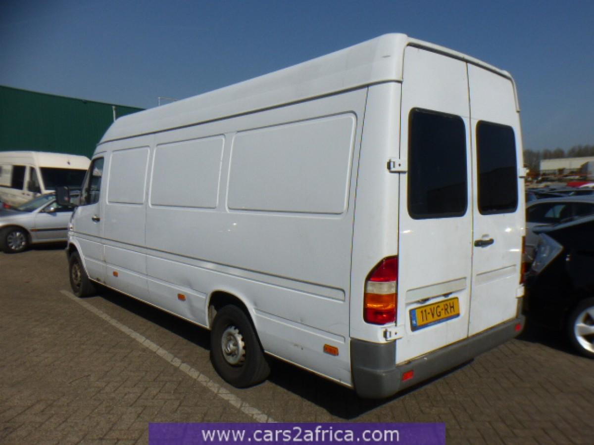 mercedes benz sprinter 308 d maxi 64458 occasion utilis en stock. Black Bedroom Furniture Sets. Home Design Ideas