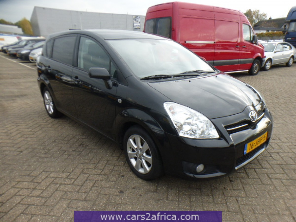 toyota corolla verso 2 2 d 4d 65500 used available from stock. Black Bedroom Furniture Sets. Home Design Ideas