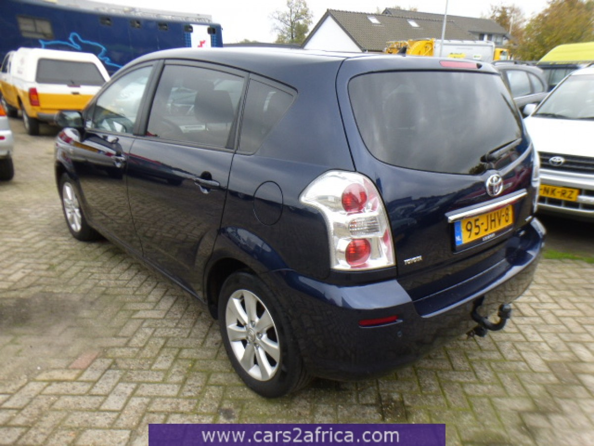 toyota corolla verso 2 2 d 4d 65504 used available from stock. Black Bedroom Furniture Sets. Home Design Ideas