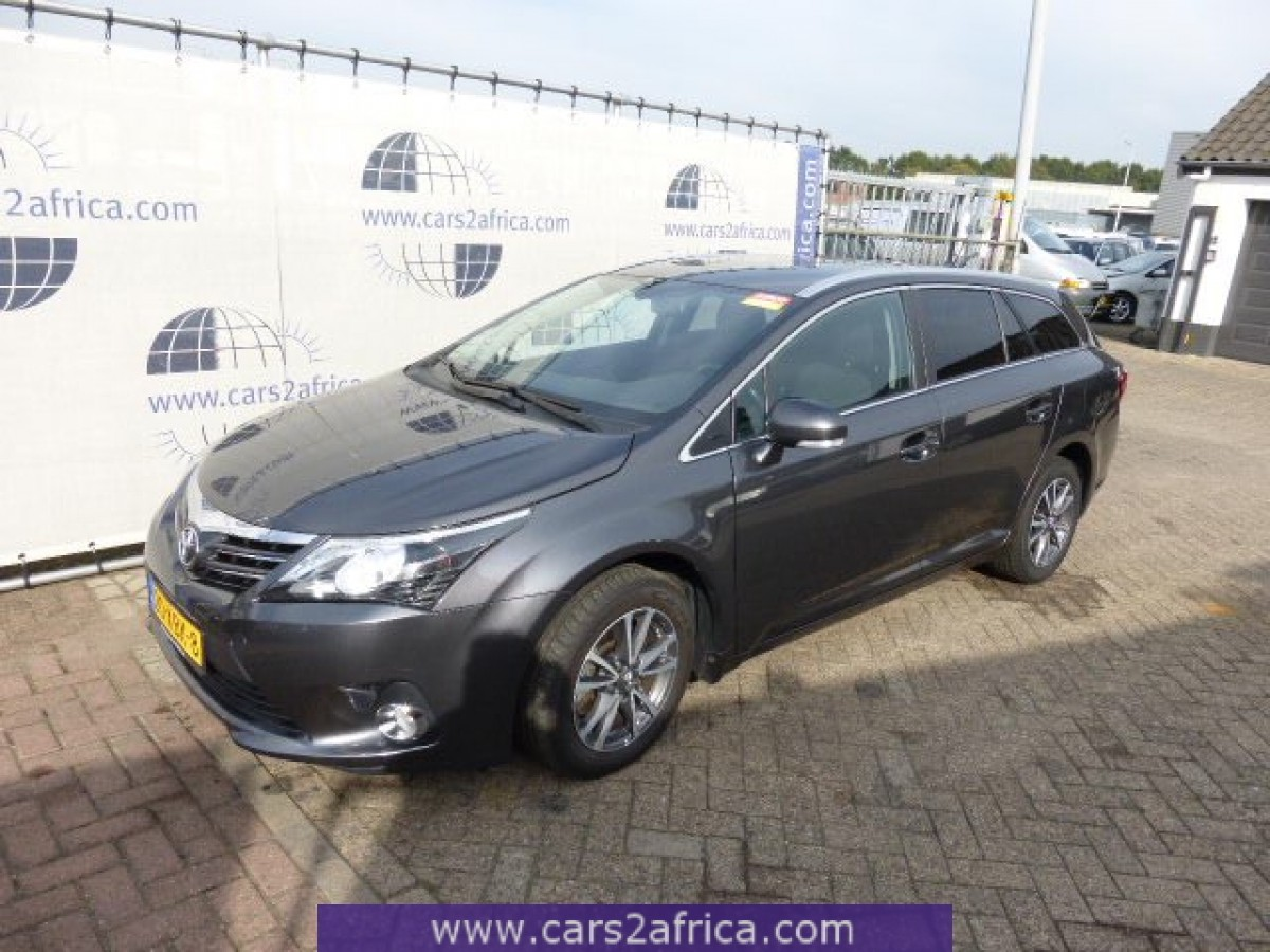 toyota avensis 2 0 d 4d 62211 used available from stock. Black Bedroom Furniture Sets. Home Design Ideas