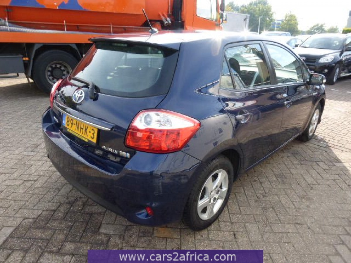 toyota auris 1 8 hsd 62216 used available from stock. Black Bedroom Furniture Sets. Home Design Ideas