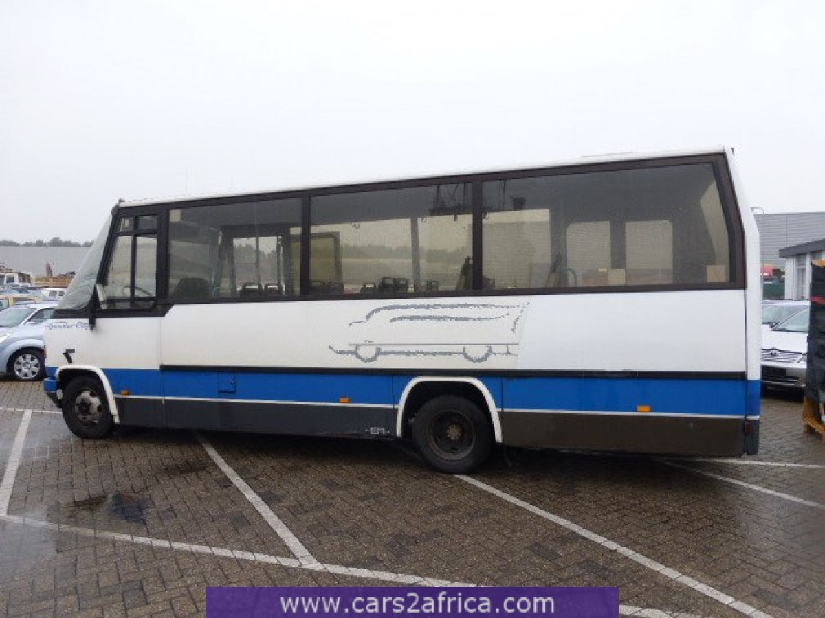 Mercedes benz 811 d 62230 used available from stock for Mercedes benz stock